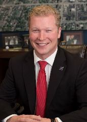 Mayor Justin Nickels