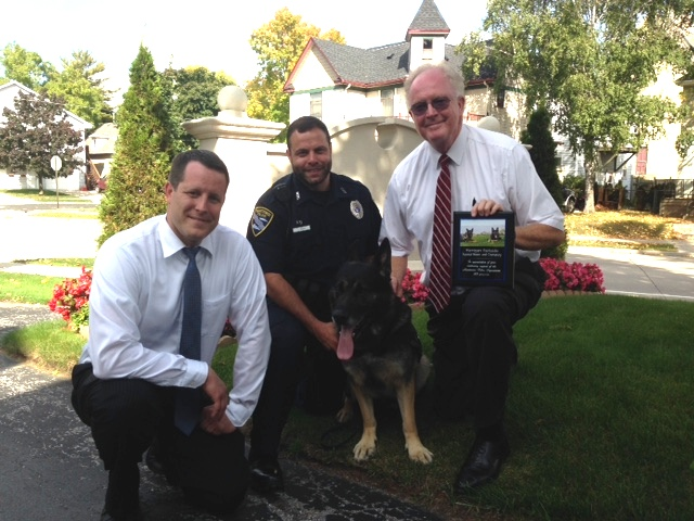 Harrigan Parkside Funeral Home K9 Plaque Presentat