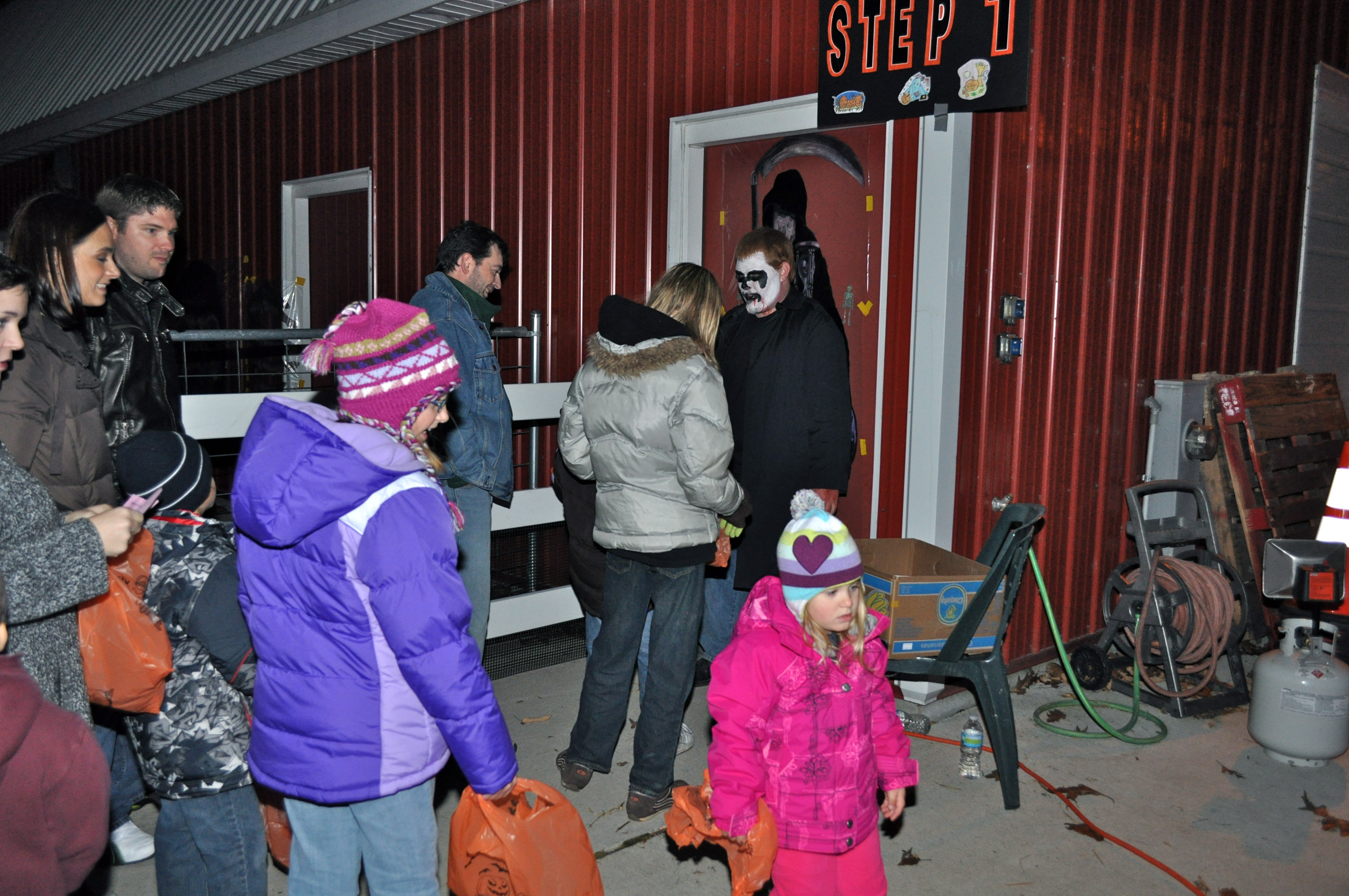 Haunted Halloween Barn line