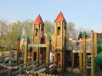 entrance to playground